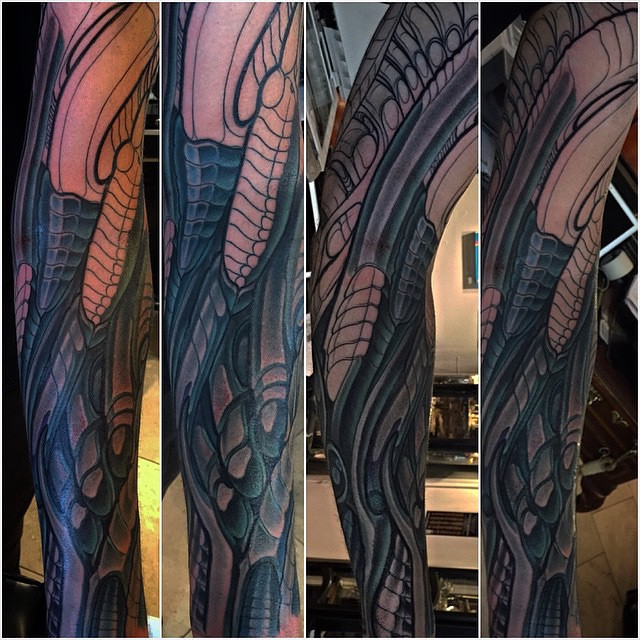 Biomechanical tattoo in progress by Terry Ribera @terryribera #alientattoo #biomechtattoo #biomech #biomechanical #wip