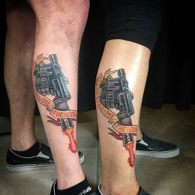 Matching Han solo blasters by @gust_razotattoos #art #tattoo #tattoos #remington #remingtontattoo #gustrazotattos #gustrazo #northpark #30thst #sandiegotattoo #sandiegotattooshop #sandiegotattooartist #sandiegoartist #sandiego #starwars #hansolo #blaster
