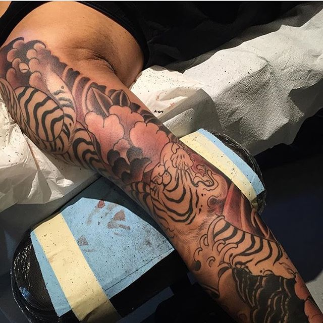 Japanese sleeve in progress by @alessioricci #alessioricci #tattoo #tattoos #japanesetattoo #japanesesleeve #remingtontattoo #northpark #sandiego #sandiegotattooartist