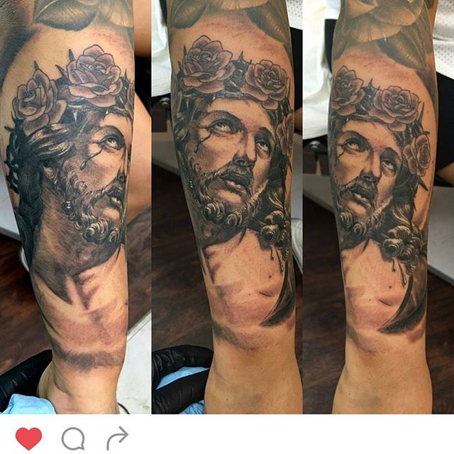 #remingtontattoo #jesustattoo #jesusportrait #crownofthorns @chriscockadoodledo