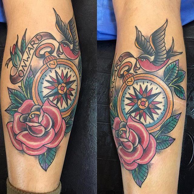 Traditional tattoo from chris @chriscockadoodledo @remingtontattoo #tradionaltattoo #americanatattoo #compasstattoo#swallowtattoo #rosetattoo #remingtontattoo #chriscockrill #sandiegotattoo #northparktattoo #tattoo #usntattoo