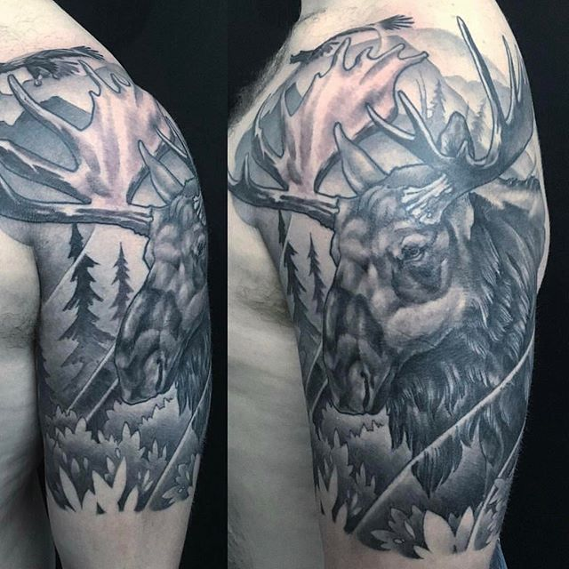 Moose tattoo by @nathanieltattoosd #blackandgrey #blackandgreytattoo #moosetattoo #animaltattoo #moose #remingtontattoo #northpark