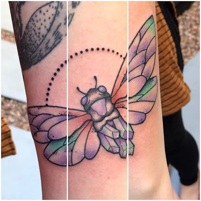 Cicada Crystal tattoo by @jasmineworthtattoos #cicada #cicadatattoo #bugtattoo #crystaltattoo #insecttattoo #sandiegotattooshop #sandiegotattooartist #sandiego #dotworktattoo #northpark