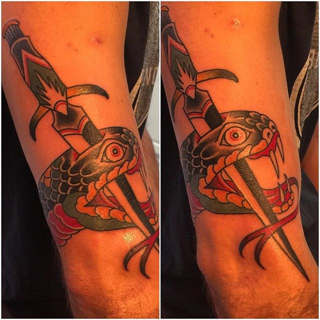 Snake and Dagger done by @horichata #traditionaltattoo #snaketattoo #northparksandiego #sandiegotattooshop #remingtontattoo