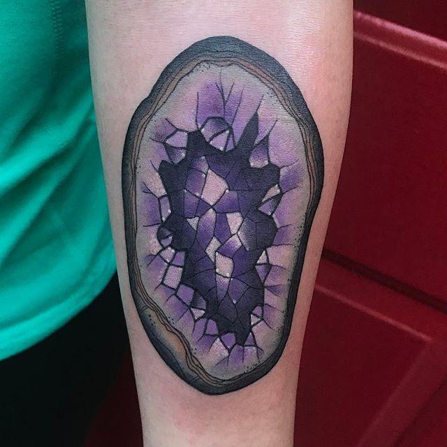 Geode tattoo by @jasmineworthtattoos #geode #geodetattoo #crystaltattoo #naturetattoo #sandiegotattoo #sandiegotattooshop #sandiegotattooartist
