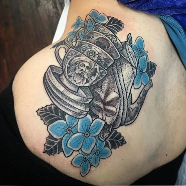 Awesome tea-themed tattoo by @chriscockadoodledo #teatattoo #teacuptattoo #teapottattoo #sandiegotattooartist #sandiegotattooshop #sandiegotattooer #remingtontattoo #flowertattoo #dotworktattoo #dotwork