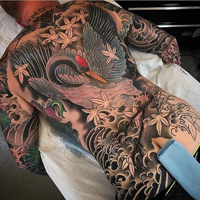 Crane backpiece in progress by @alessioricci #cranetattoo #crane #birdtattoo #backpiece #backtattoo #japanesetattoo #wip #sandiego #sandiegotattoo #sandiegotattooer #sandiegotattooshop #sandiegotattooartist #remingtontattoo