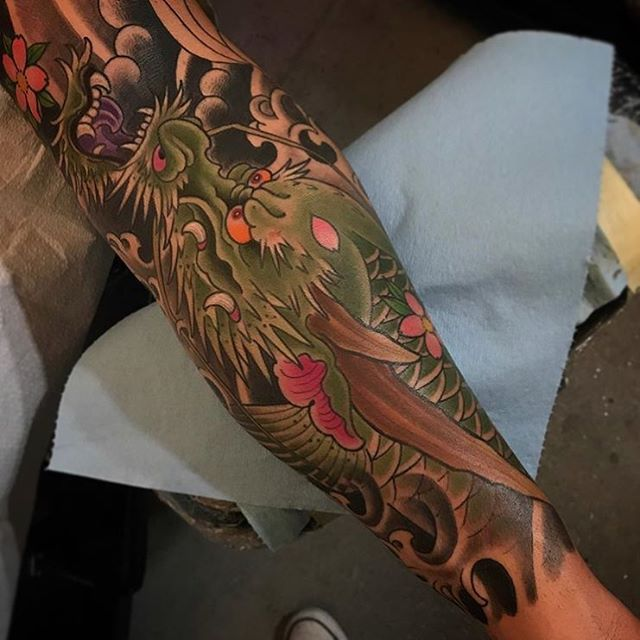 Awesome dragon tattoo by @alessioricci #dragontattoo #japanesetattoo #sandiegotattooartist #remingtontattoo #customtattooartist #sandiegotattoo #sandiegotattooer #sandiegotattooshop #tattooistartmag