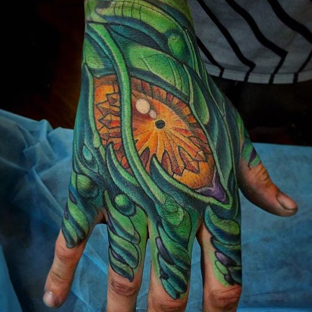 This #biomechanical #hand #tattoo done by @terryribera at #remingtontattoo #biomech #biomechtattoo #biomechanicaltattoo #handtattoo #alien #alientattoo #sandiegotattooartist #northparktattooart #sandiego #northpark #sd