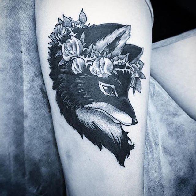 This #blackandgrey fox tattoo done by @gust_razotattoos at @remingtontattoo #foxtattoo #animaltattoo #blackandgreytattoo #northpark #sd #sandiego #sandiegotattooartist