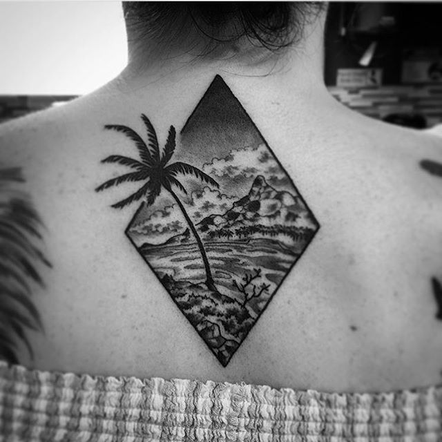 This little #geometric #island #beach #tattoo done by @johnsabin at #remingtontattoo #geometrictattoo #islandtattoo #beachtattoo #sandiegotattooartist #northparktattooartist #sandiego #northpark #sd