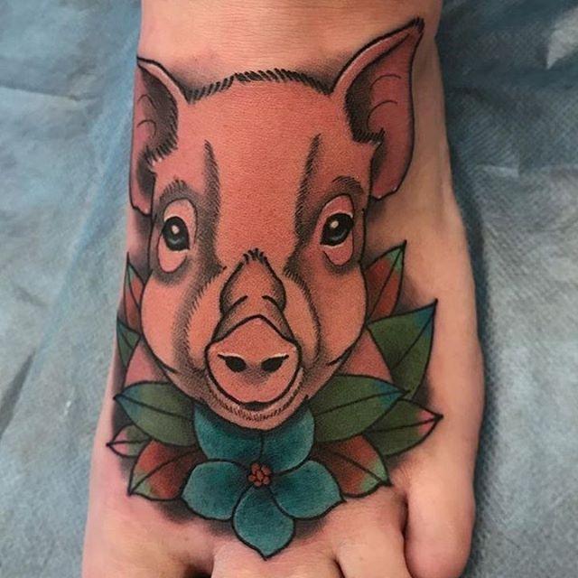 This #pig #foot #tattoo done by @jasmineworthtattoos at #remingtontattoo #pigtattoo #foottattoo #sandiegotattooartist #northparktattooartist #sandiego #northpark #sd