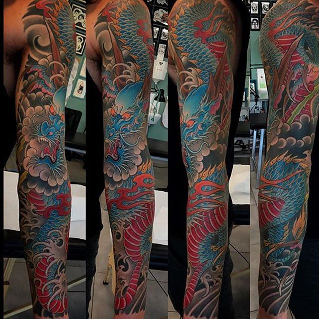 This Japanese #dragon sleeve done by @alessioricci #dragonsleeve #dragontattoo #armsleeve #sandiegotattooartist #japanesetattoo #traditionaljapanesetattoo #northparktattooartist #sd