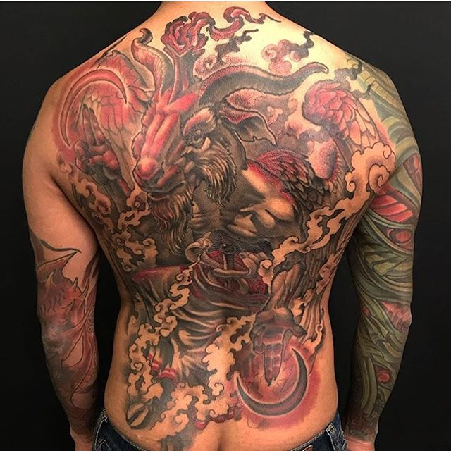 This #baphomet #backpiece #tattoo done by @nathanieltattoo at #remingtontattoo #baphomettattoo #backtattoo #backpiecetattoo #back #pagan #pagantattoo #moon #moontattoo #mythology #mythologytattoo #northparktattooartist #sandiegotattooartist #sandiego #northpark #sd